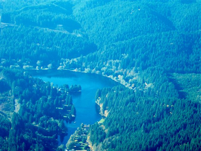 aerial of Fishhawk Lake