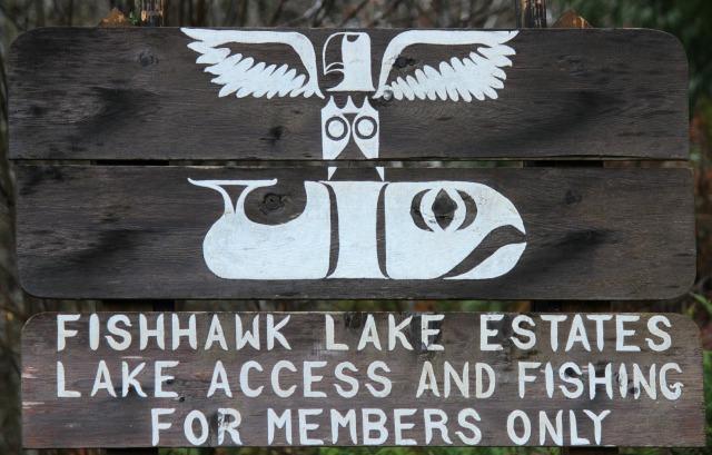 Fishhawk Lake Estates sign 1 2013-01-31 13.37.04